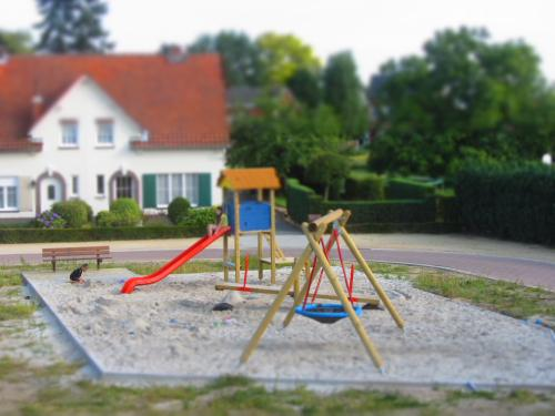 tilt-shift playgarden