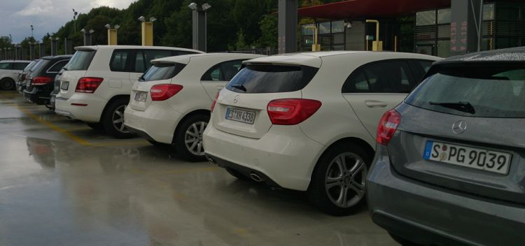witte duitse wagens